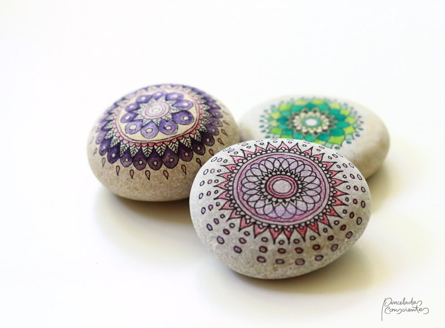 piedras-mandalas-1-pinceladas_conscientes