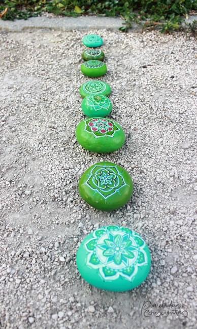 piedras-tonos-verdes-varias-pinceladas_conscientes